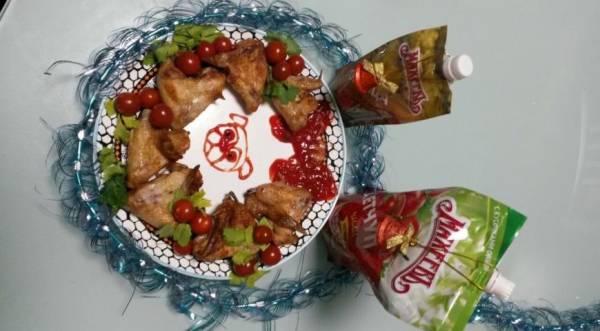 Рождественский венок с куриными крылышками-гриль, пошаговый рецепт с фото
