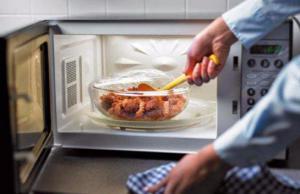 Какие продукты опасно разогревать после приготовления