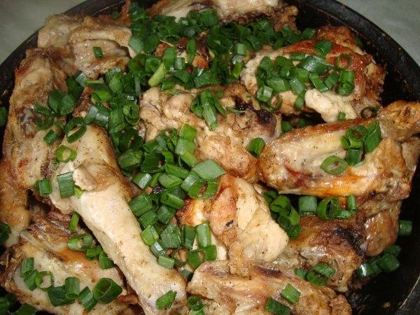 Курица с чесноком и майонезом в аэрогриле