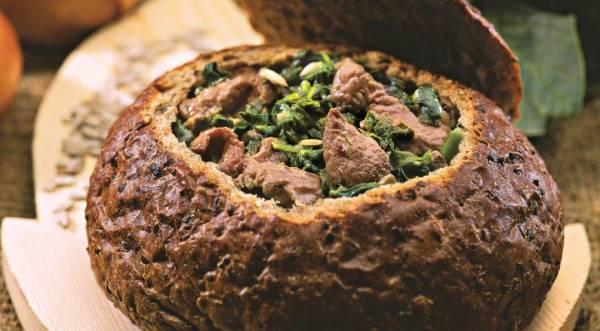 Телятина со шпинатом в хлебе, пошаговый рецепт с фото