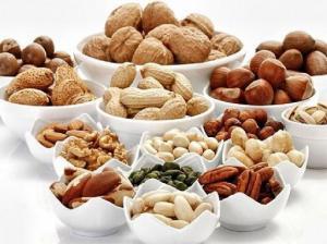 Медики рассказали о пользе разных видов орехов