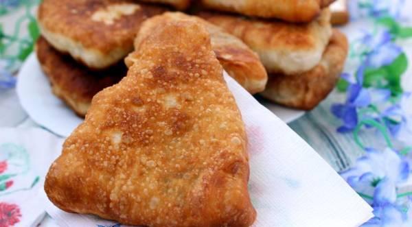 Жареные пирожки с мясом, пошаговый рецепт с фото