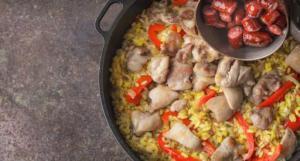 Почему не рекомендуется тушить продукты на открытой сковороде