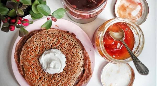 Изумительные гречневые блинчики на ряженке, пошаговый рецепт с фото