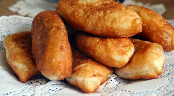Пирожки с гречкой, беконом и яйцом, пошаговый рецепт с фото