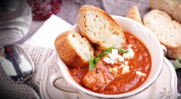 Треска в томатно-винном соусе с базиликом и фетой, пошаговый рецепт с фото