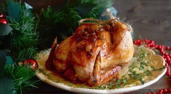 Запеченный цыпленок с медом и изюмом., пошаговый рецепт с фото