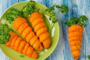 Пасха-2018: рецепт трубочек-«морковок» с начинкой