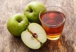 Врачи назвали замечательные для здоровья свойства зеленых яблок
