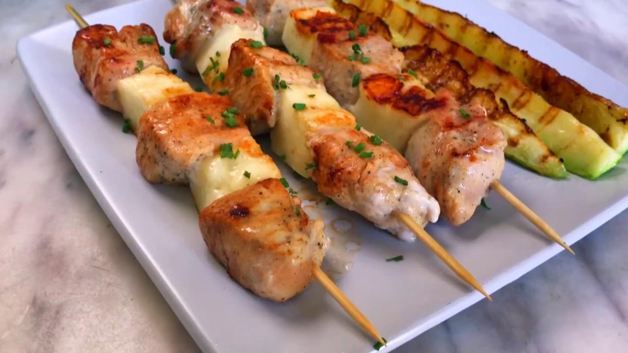 Шашлычки из курицы и сыра халуми