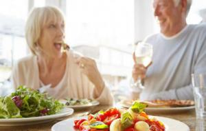 Ученые рассказали о пользе овощей для здоровья пожилых женщин