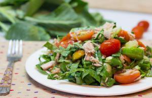 Диетический салат с рукколой на 180 калорий