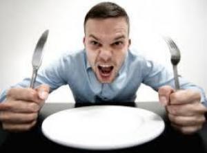 Специалисты перечислили причины постоянного голода