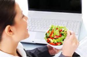 Какой пищей лучше питаться, если вы работаете в офисе