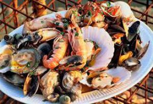 Морепродукты на столе: полезное меню