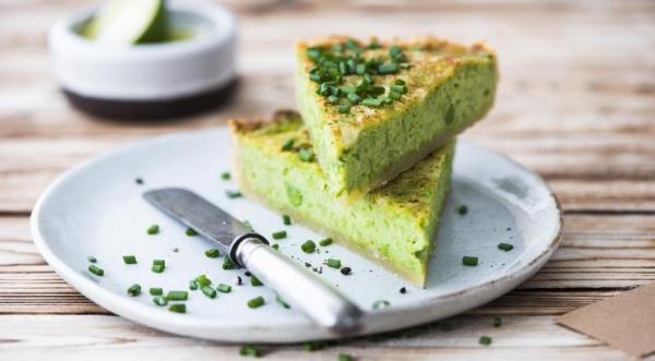 Тарт со сметаной и зеленым луком