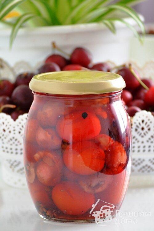 Маринованные помидоры с черешней