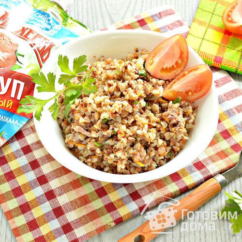 Гречневая каша с фаршем индейки и томатным кетчупом