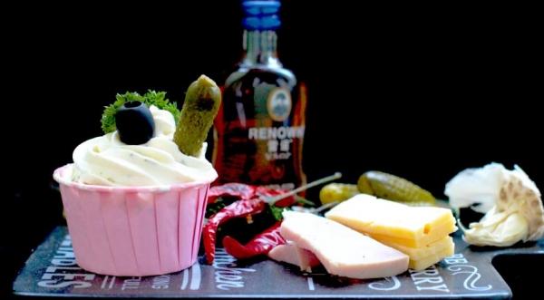 Закусочные капкейки с ветчиной и сыром
