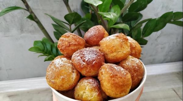 Творожные пончики — шарики со сгущенкой