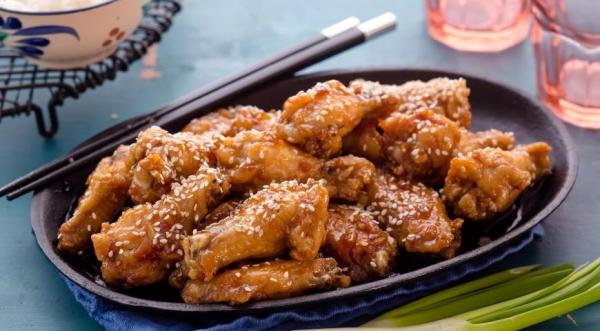 Острые куриные крылышки в стиле корейское BBQ